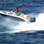 Mit der perfekten Absicherung für Bootsfahrten unbeschwert auf dem Wasser schippern