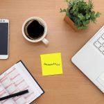 Sturz auf dem Weg zum Home-Office Schreibtisch: Arbeitsunfall ja oder nein?